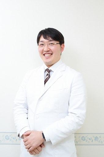 院長 栗田容輔