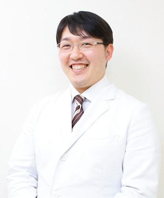 栗田 容輔